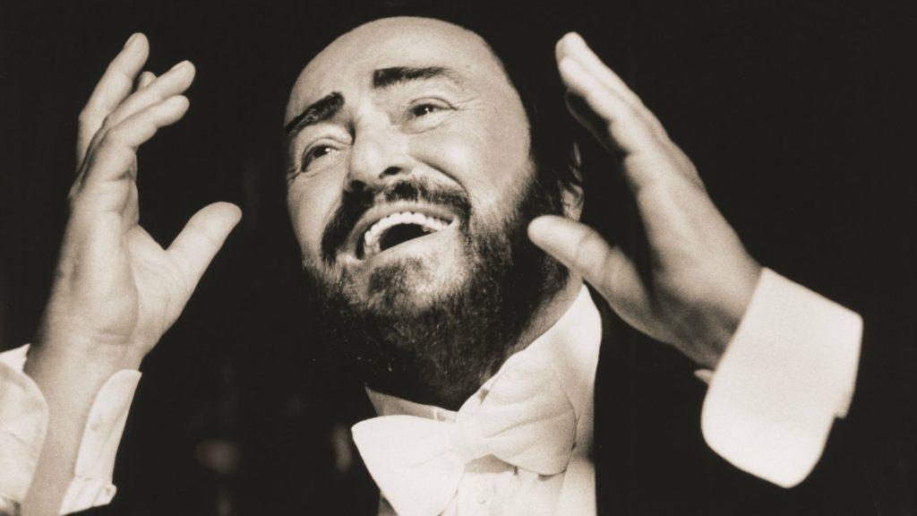 MusikHolics - Luсіаnо Pavarotti