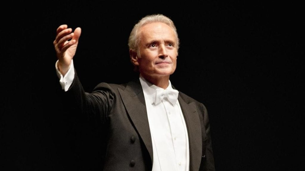 MusikHolics - Jose Carreras: Tenor and Famous Opera Singer