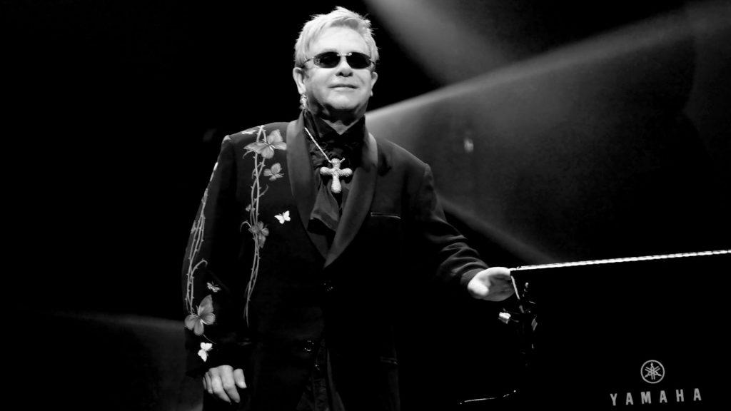 MusikHolics - Elton John
